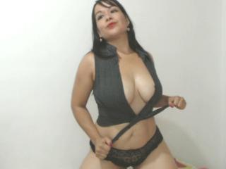 CarlaFox webcam